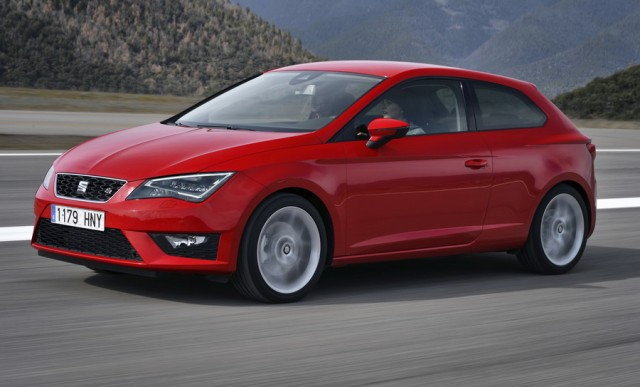 Car Reviews | SEAT Leon SC FR | CompleteCar.ie