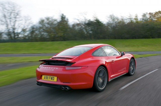 Car Reviews | Porsche 911 Carrera 4S | CompleteCar.ie