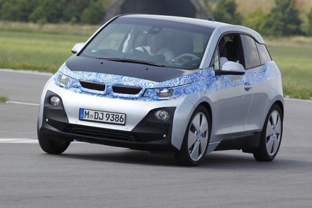 Car Reviews | BMW i3 (pre-production) | CompleteCar.ie