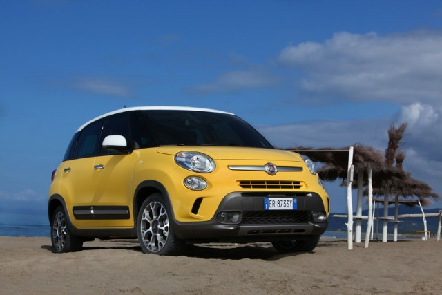 Car Reviews | Fiat 500L Trekking | CompleteCar.ie