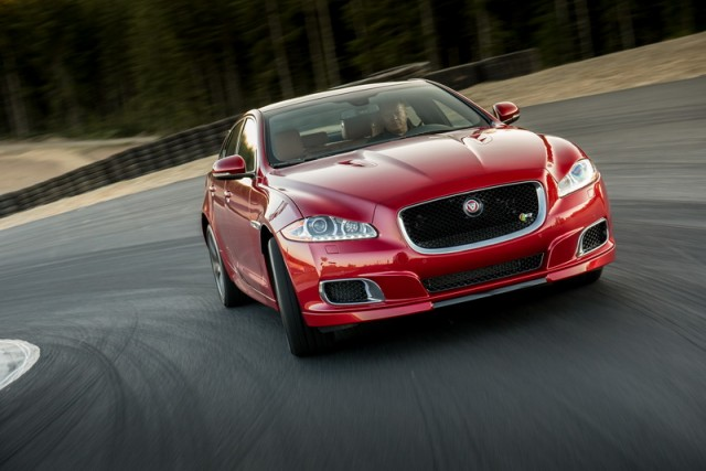 Car Reviews | Jaguar XJR | CompleteCar.ie