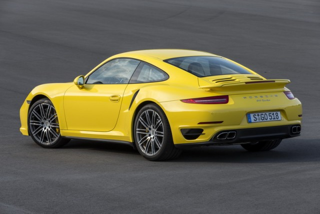 Car Reviews | Porsche 911 Turbo | CompleteCar.ie