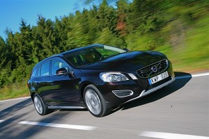 Car Reviews | Volvo V60 | CompleteCar.ie