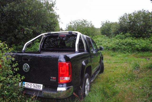 Car Reviews | Volkswagen Amarok auto | CompleteCar.ie
