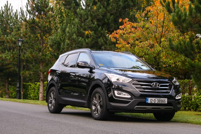 Car Reviews | Hyundai Santa Fe | CompleteCar.ie
