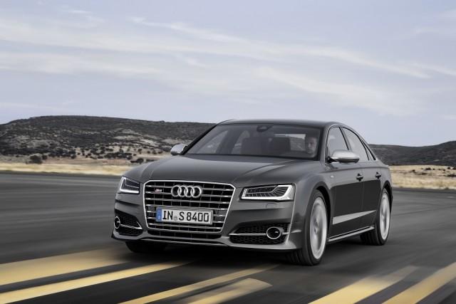 Car Reviews | Audi S8 saloon | CompleteCar.ie