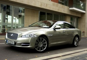 Car Reviews | Jaguar XJ | CompleteCar.ie