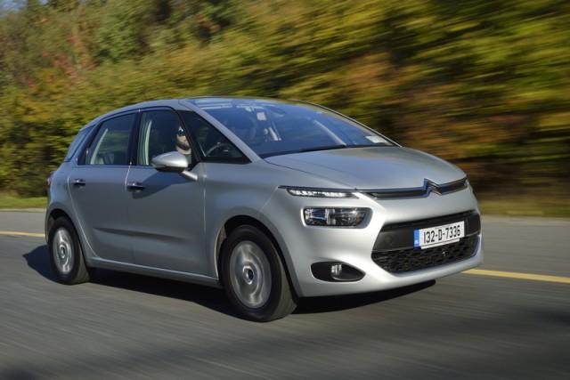Car Reviews | Citroen C4 Picasso | CompleteCar.ie