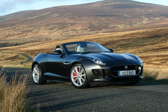 Car Reviews | Jaguar F-Type V6S | CompleteCar.ie