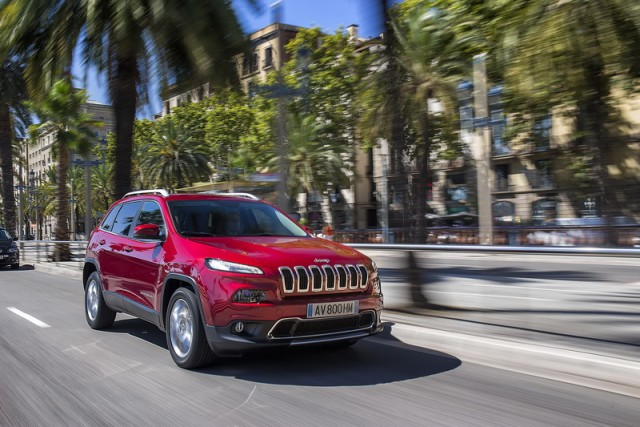 Car Reviews | Jeep Cherokee | CompleteCar.ie