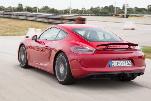 Car Reviews   Porsche Cayman GTS   CompleteCar.ie