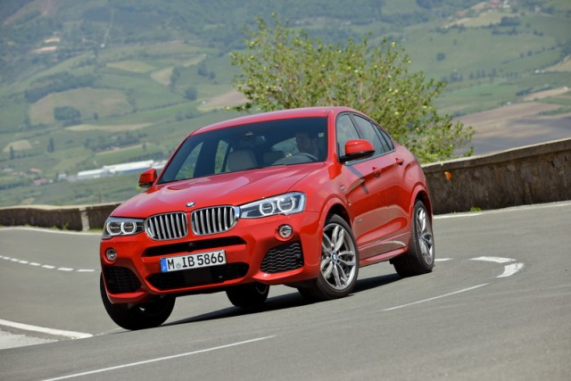 Car Reviews | BMW X4 | CompleteCar.ie