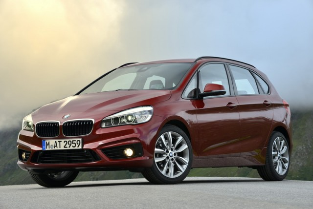 Car Reviews | BMW 2 Series Active Tourer | CompleteCar.ie