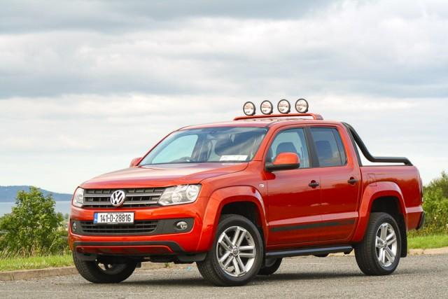 Car Reviews | Volkswagen Amarok Canyon | CompleteCar.ie