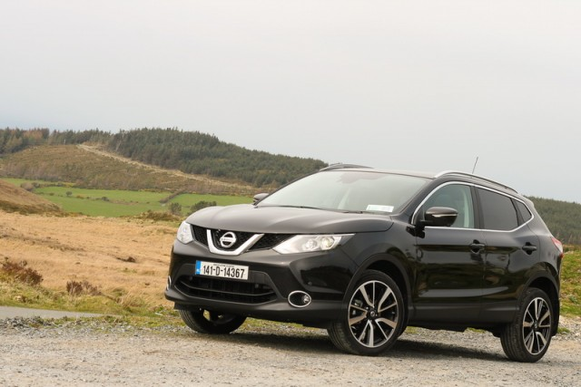 Car Reviews | Nissan Qashqai | CompleteCar.ie