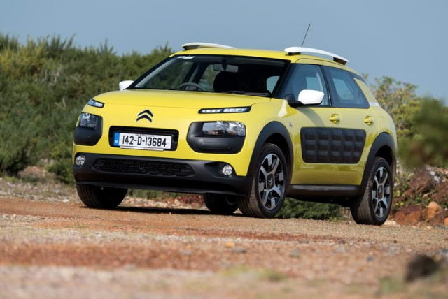 Car Reviews | Citroen C4 Cactus | CompleteCar.ie