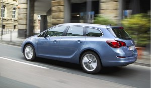 Car Reviews | Opel Astra Sports Tourer | CompleteCar.ie