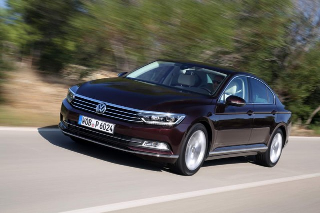 Car Reviews | Volkswagen Passat | CompleteCar.ie
