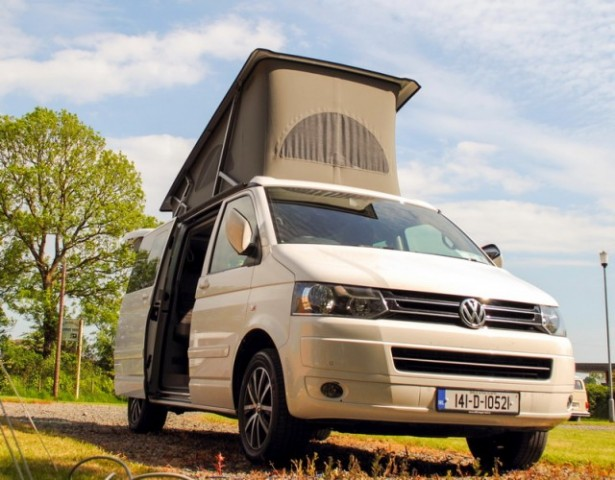 Car Reviews | Volkswagen California | CompleteCar.ie