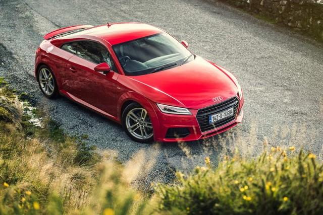 Car Reviews   Audi TT Coupe   CompleteCar.ie
