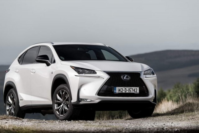 Car Reviews | Lexus NX 300h | CompleteCar.ie