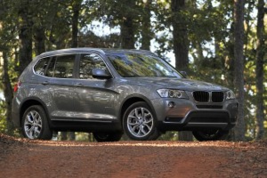 Car Reviews | BMW X3 | CompleteCar.ie