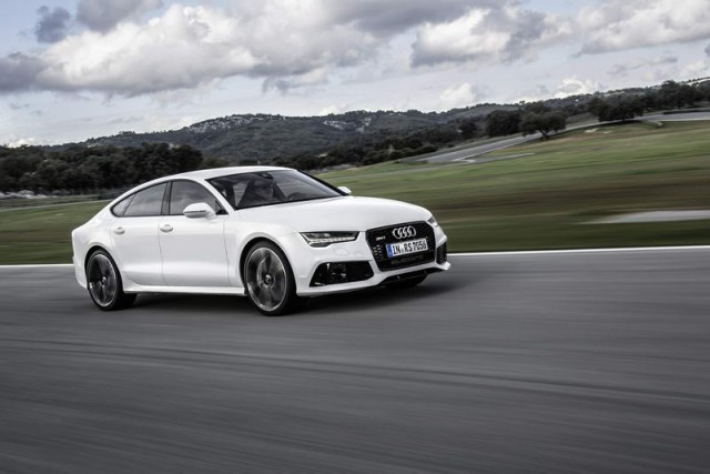 Car Reviews | Audi RS 7 Sportback | CompleteCar.ie
