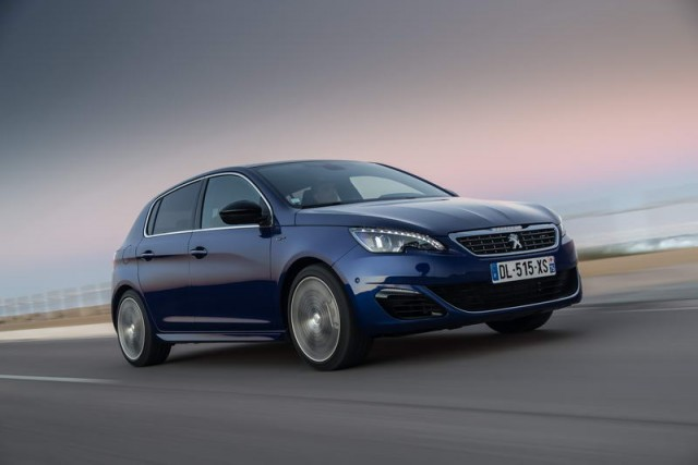 Car Reviews | Peugeot 308 GT | CompleteCar.ie