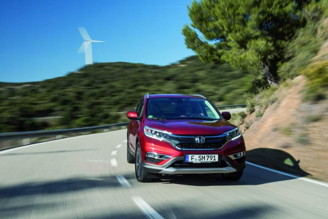 Car Reviews | Honda CR-V 1.6 i-DTEC AWD | CompleteCar.ie