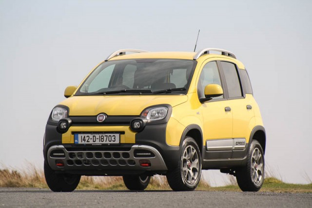 Car Reviews | Fiat Panda Cross | CompleteCar.ie