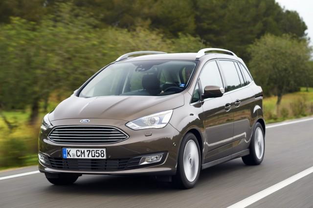 Car Reviews | Ford Grand C-Max | CompleteCar.ie