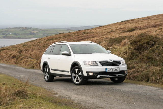 Car Reviews | Skoda Octavia Scout | CompleteCar.ie