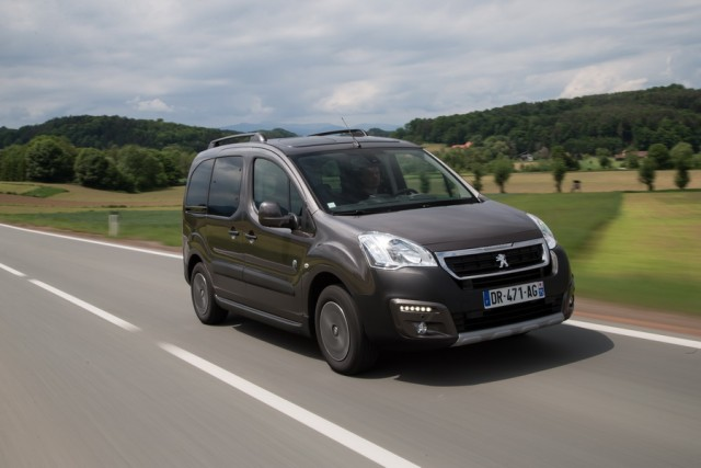 Car Reviews | Peugeot Partner Tepee | CompleteCar.ie