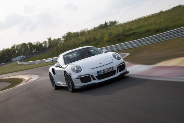 Car Reviews | Porsche 911 GT3 RS | CompleteCar.ie