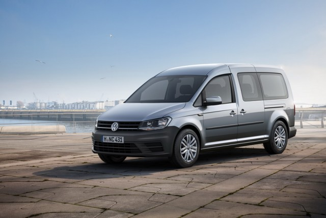 Car Reviews | Volkswagen Caddy Maxi Life | CompleteCar.ie