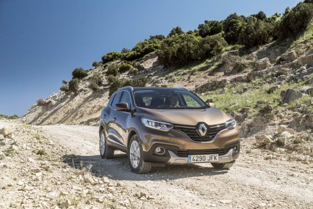 Car Reviews | Renault Kadjar | CompleteCar.ie