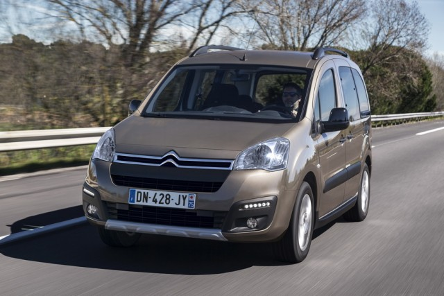 Car Reviews | Citroen Berlingo Multispace | CompleteCar.ie