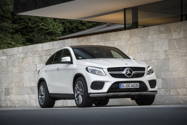 Car Reviews | Mercedes-Benz GLE 350 d Coupe | CompleteCar.ie