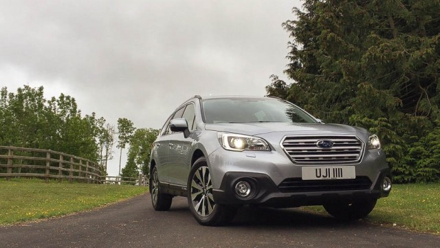 Car Reviews | Subaru Outback | CompleteCar.ie