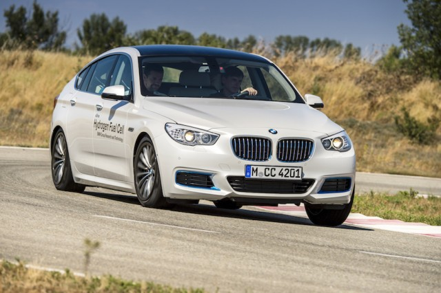Car Reviews | BMW 5 Series GT FCEV prototype | CompleteCar.ie