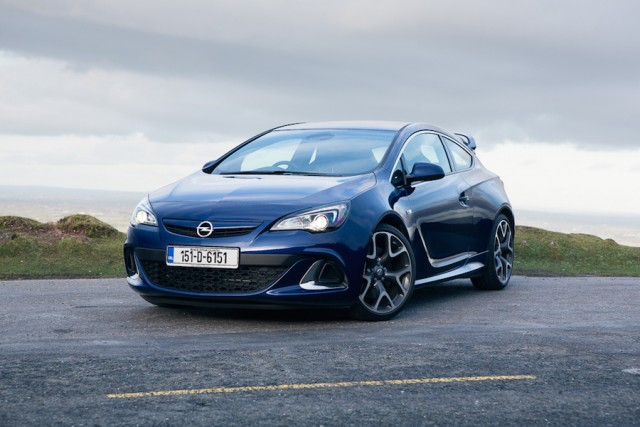 Car Reviews | Opel Astra OPC | CompleteCar.ie