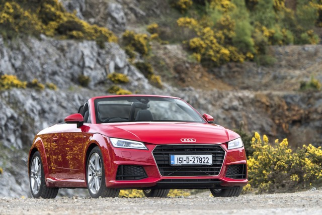 Car Reviews | Audi TT Roadster | CompleteCar.ie