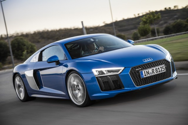 Car Reviews | Audi R8 V10 | CompleteCar.ie