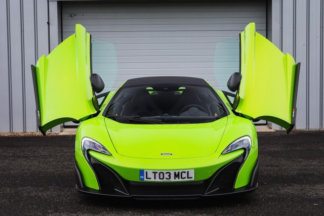 Car Reviews | McLaren 675LT | CompleteCar.ie