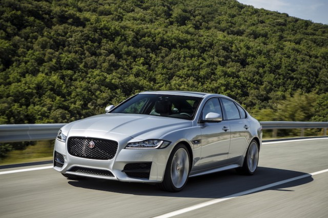 Car Reviews | Jaguar XF | CompleteCar.ie