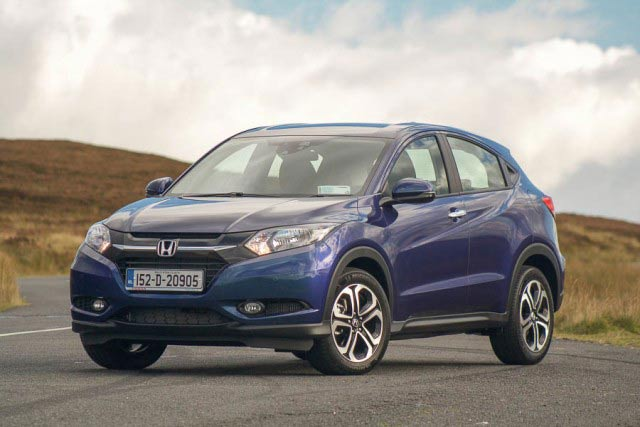 Car Reviews | Honda HR-V | CompleteCar.ie