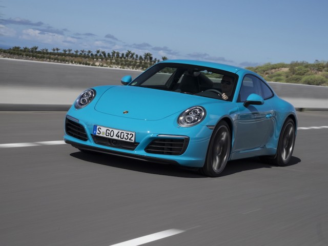 Car Reviews | Porsche 911 Carrera S | CompleteCar.ie
