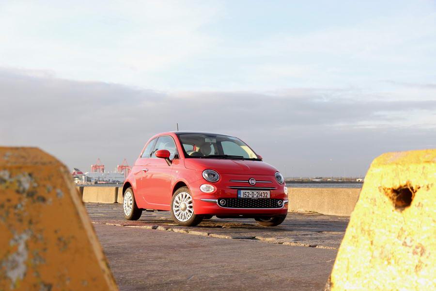 Car Reviews   Fiat 500   CompleteCar.ie