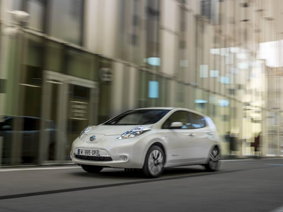 Car Reviews | Nissan Leaf 30kWh | CompleteCar.ie