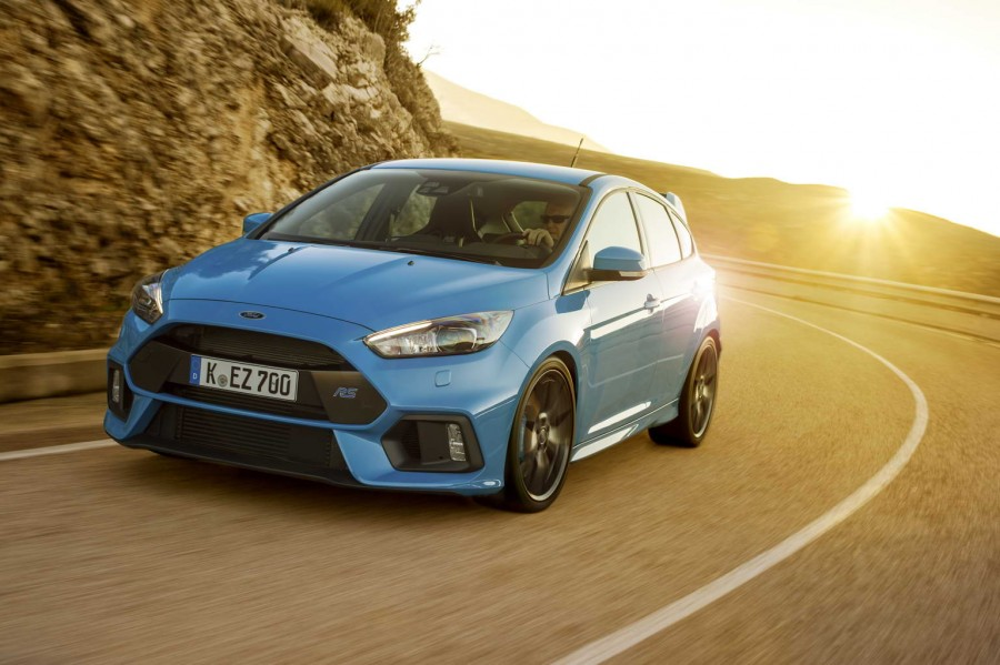 Car Reviews | Ford Focus RS | CompleteCar.ie